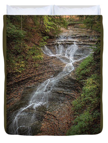 Duvet Cover featuring the photograph Bridal Veil Falls by Dale Kincaid
