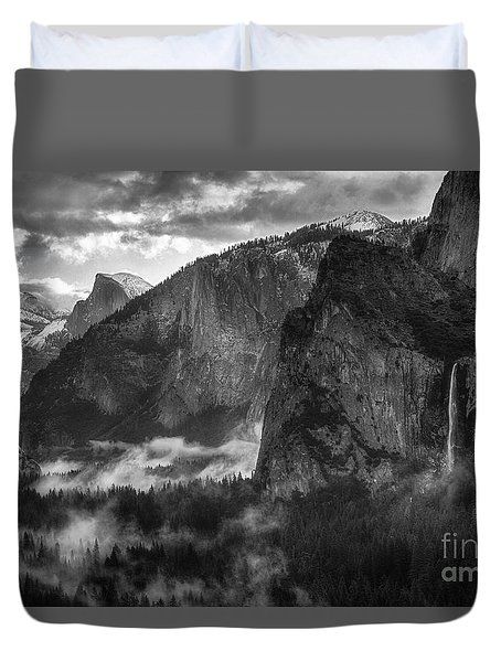Bridalvail Falls And Half Dome Duvet Cover