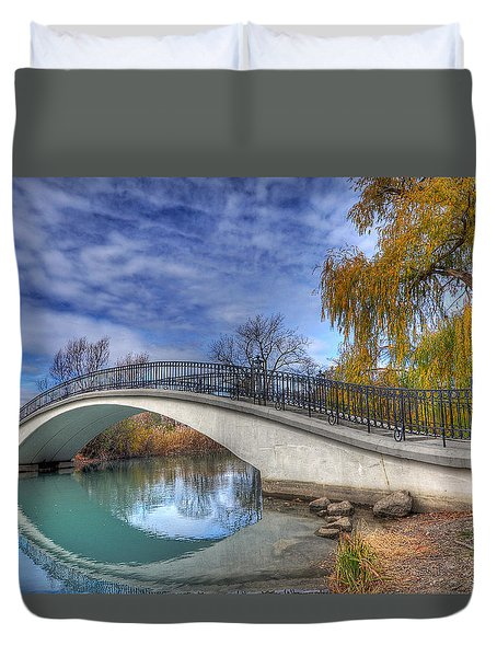 Bridge At Elizabeth Park Duvet Cover by Rodney Campbell