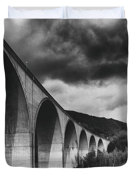 Duvet Cover featuring the photograph Bridge by Hayato Matsumoto