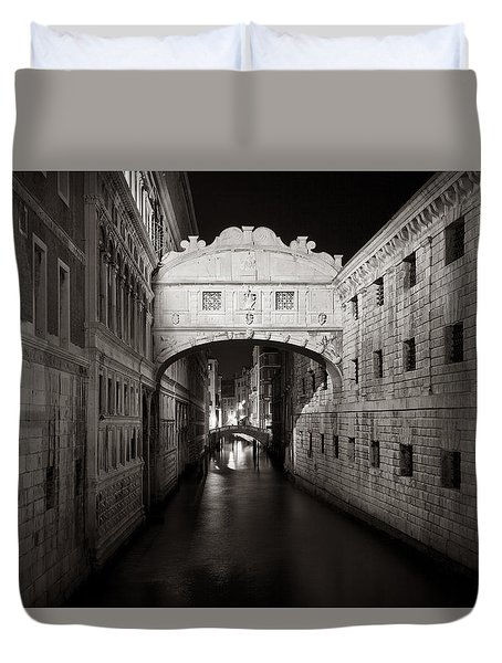 Bridge Of Sighs In The Night Duvet Cover