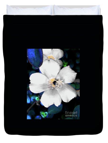 Bright Blue Accents White Vinca Duvet Cover