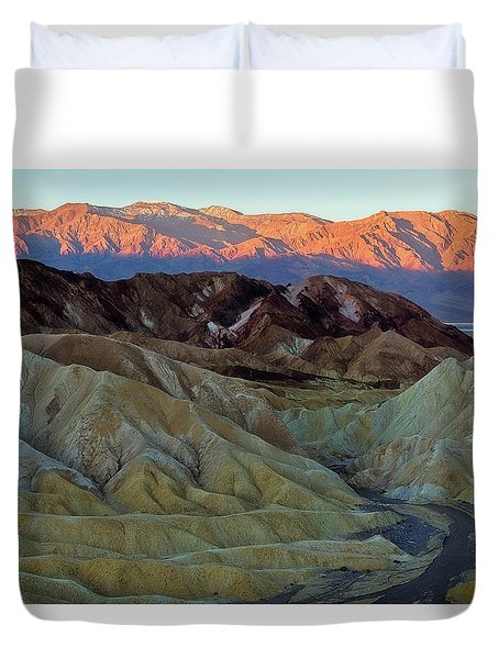 Brilliant And Subdued Duvet Cover