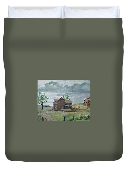 Bringing In The Clothes Duvet Cover by Norm Starks