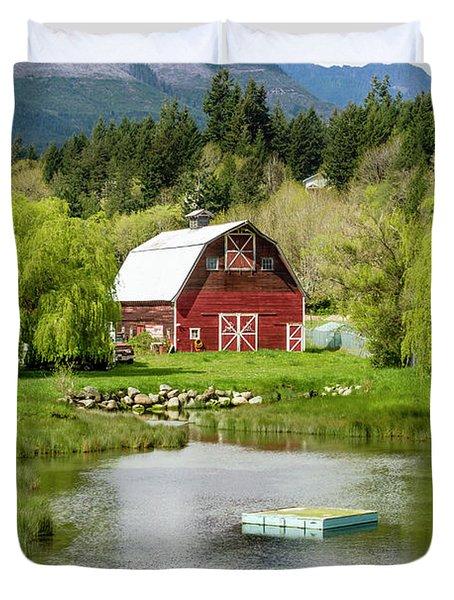 Brinnon Washington Barn By Pond Duvet Cover
