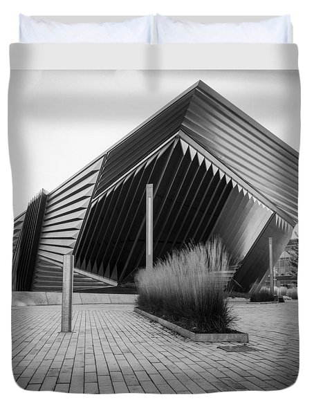 Broad Art Museum Duvet Cover by Larry Carr