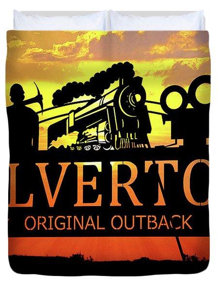 Broken Hill 18 Duvet Cover