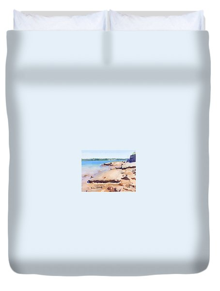 Broken Walkway Rock At Ten Pound Island Beach Duvet Cover