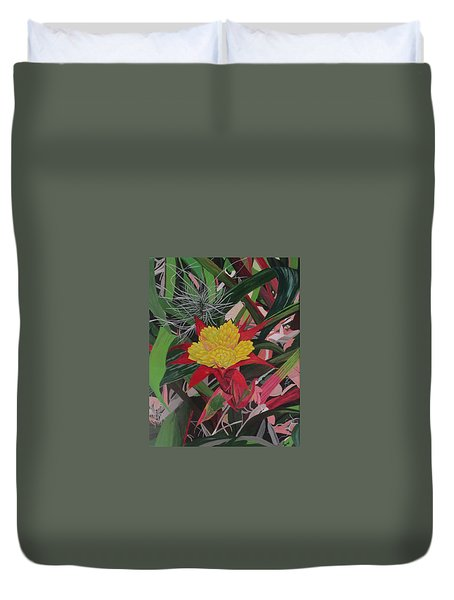 Bromelaid And Airplant Duvet Cover