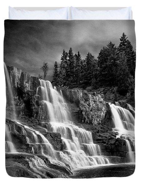Brooding Gooseberry Falls Duvet Cover