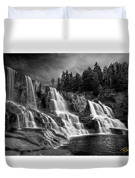 Duvet Cover featuring the photograph Brooding Gooseberry Falls by Rikk Flohr
