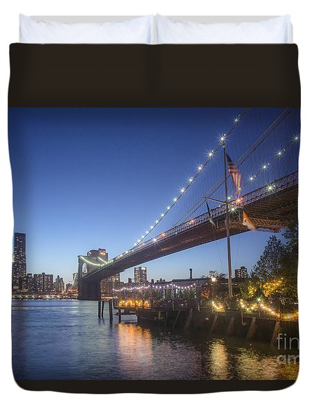 Duvet Cover featuring the photograph Brooklyn Brdige New York  by Juergen Held