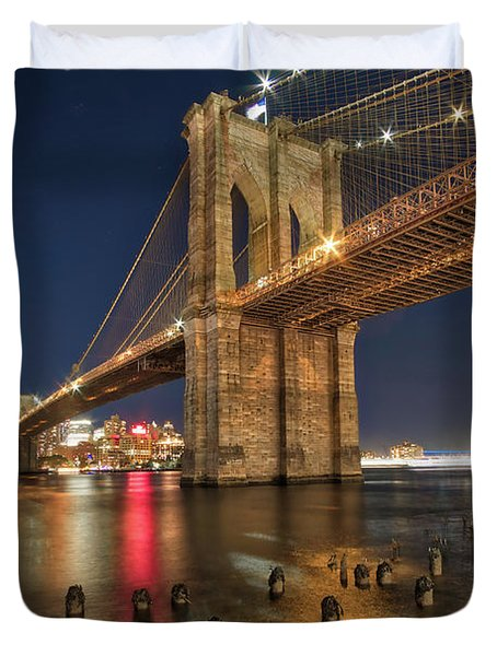 Duvet Cover featuring the photograph Brooklyn Bridge At Night by Mark Dodd