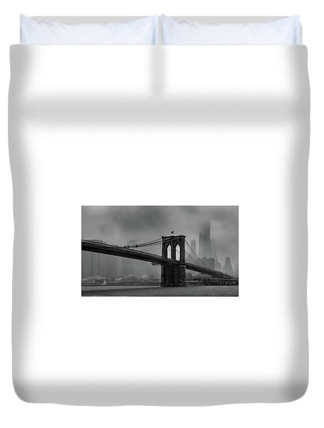 Brooklyn Bridge In A Storm 2 Duvet Cover