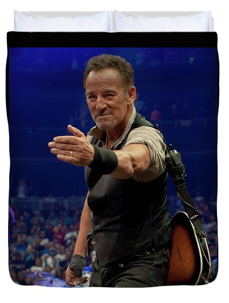Duvet Cover featuring the photograph Bruce Springsteen. Pittsburgh, Sept 11, 2016 by Jeff Ross
