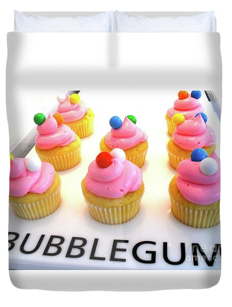 Duvet Cover featuring the photograph Bubblegum Cupcakes by Beth Saffer