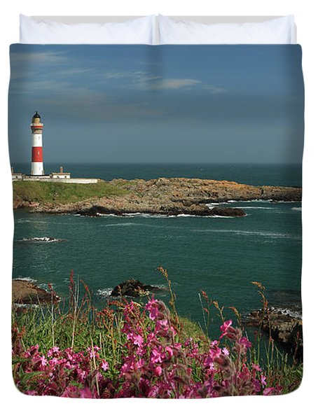 Buchan Ness Lighthouse And Spring Flowers Duvet Cover