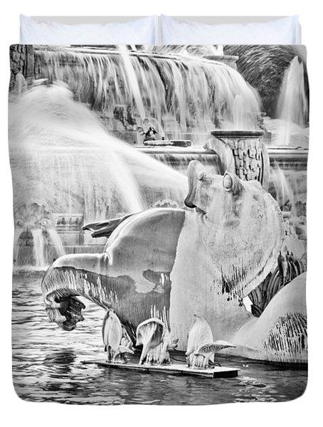 Buckingham Fountain Chicago Duvet Cover by Paul Velgos
