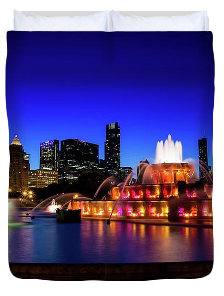 Buckingham Memorial Fountain Duvet Cover
