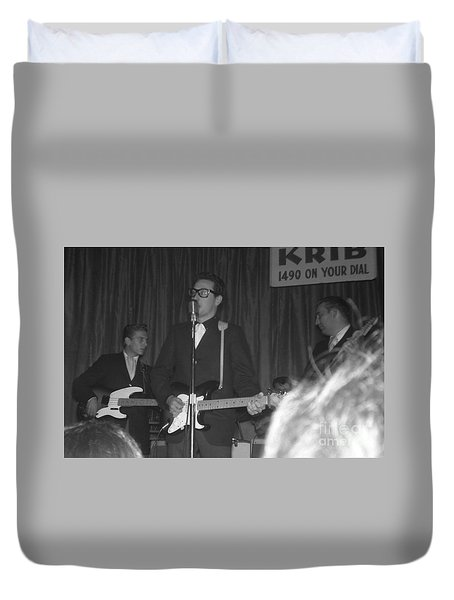 Buddy Holly Onstage At The Surf Ball Room Playing His Last Concert Duvet Cover by The Titanic Project
