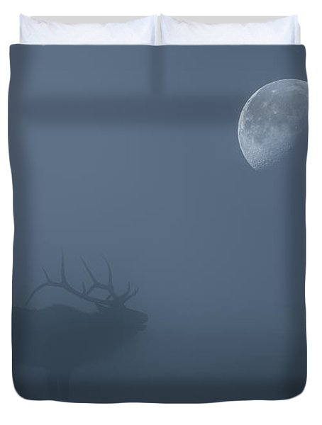 Bugle At The Moon Duvet Cover