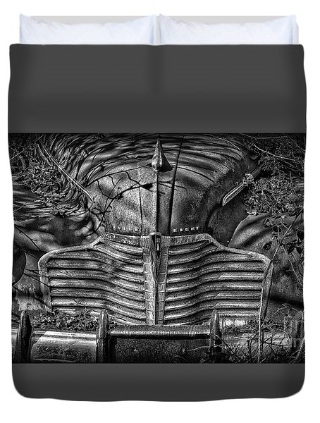 Buick Eight Front End Bw Duvet Cover