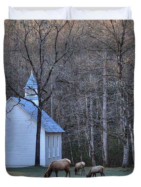 Bull Elk Attending Palmer Chapel  In The Great Smoky Mountains National Park Duvet Cover