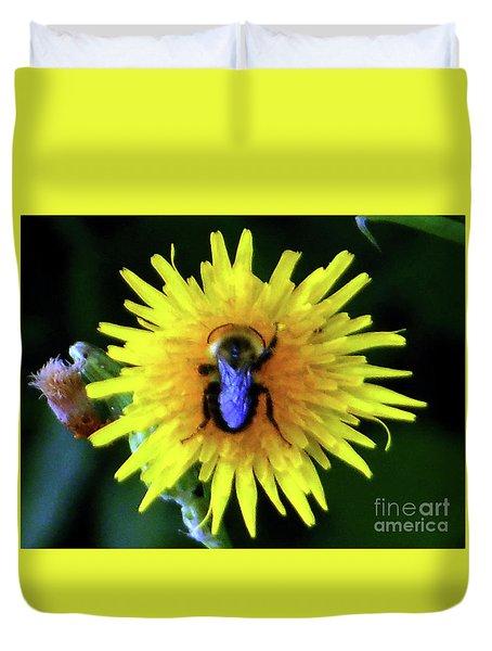 Bullseye Bumblebee Dandelion Duvet Cover