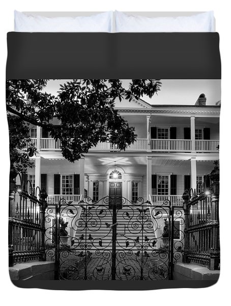 Burgwin Wright House In Black And White Duvet Cover by Greg Mimbs