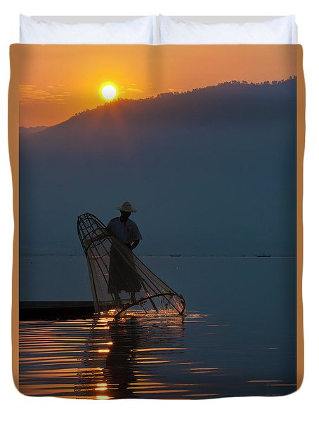 Burma_d143 Duvet Cover by Craig Lovell