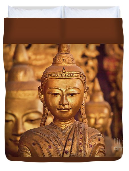 Burma_d579 Duvet Cover by Craig Lovell
