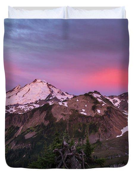 Burning Sunrise Skies Above Mount Baker Duvet Cover