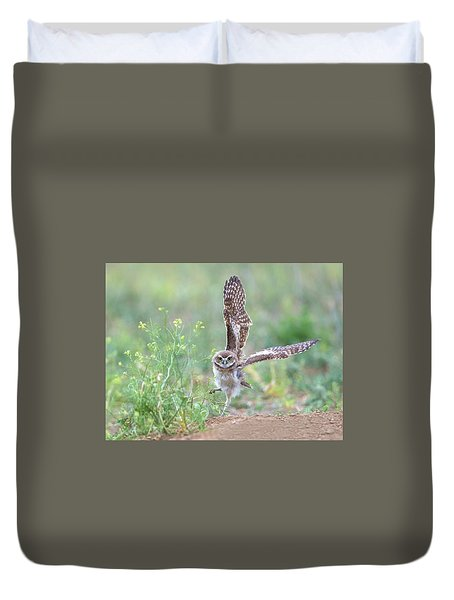 Burrowing Owl Spies Grasshopper Duvet Cover