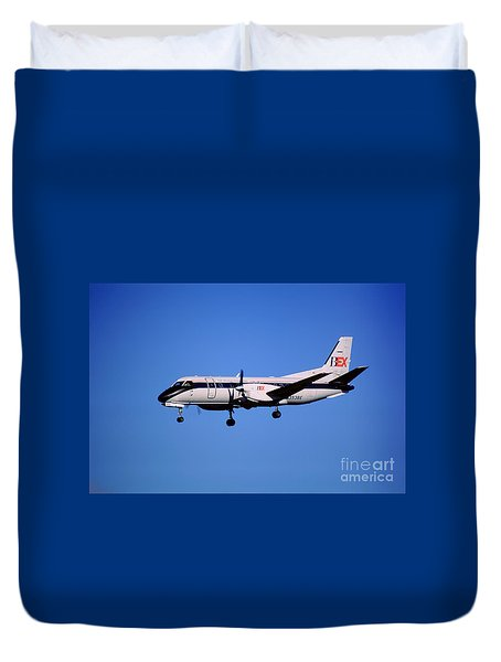 Business Express, Delta Connection, N353be, Bex Saab 340b Duvet Cover