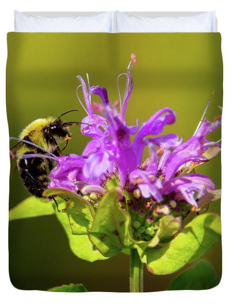 Busy As A Bee Duvet Cover