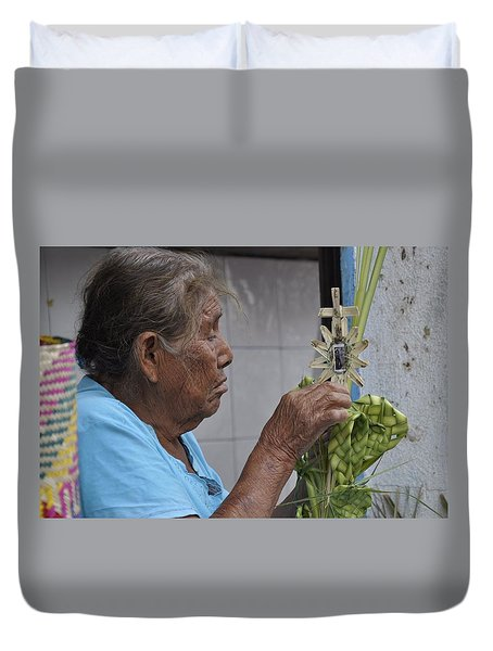 Duvet Cover featuring the photograph Busy Hands by Jim Walls PhotoArtist