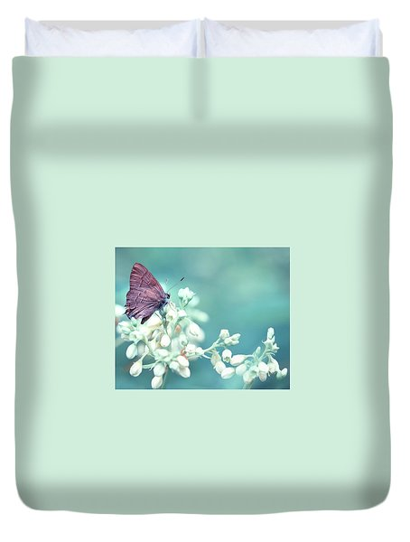 Duvet Cover featuring the photograph Buterfly Dreamin' by Mark Fuller