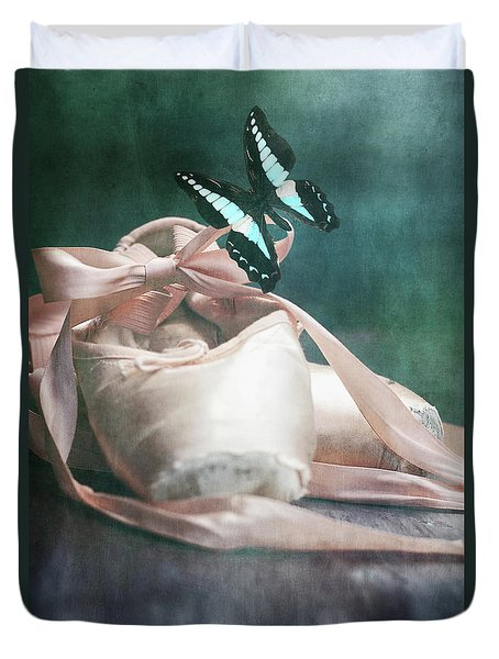 Butterfly And Ballerina Pointe Shoes Duvet Cover