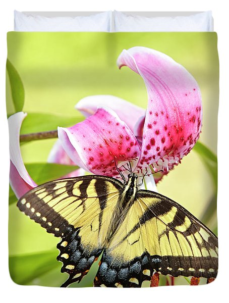 Butterfly And Lily Duvet Cover