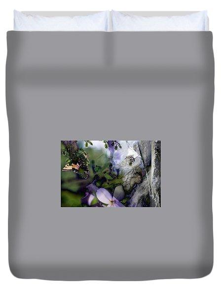Butterfly Basket Duvet Cover