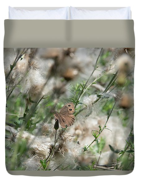 Butterfly In Puffy Seed Heads Duvet Cover