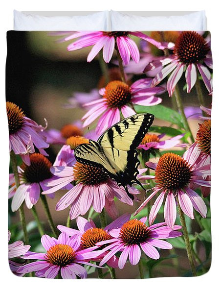 Butterfly On Coneflowers Duvet Cover