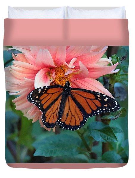 Butterfly On Dahlia Duvet Cover