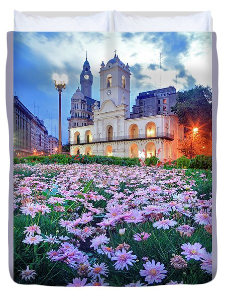 Duvet Cover featuring the photograph Cabildo De Buenos Aires by Bernardo Galmarini