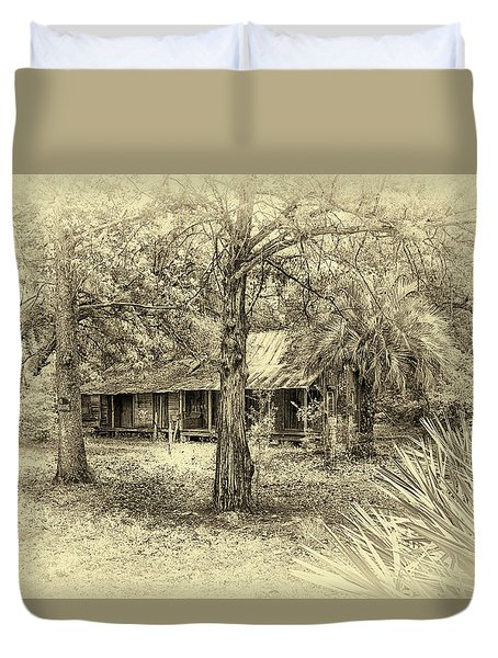 Duvet Cover featuring the photograph Cabin In The Woods by Louis Ferreira