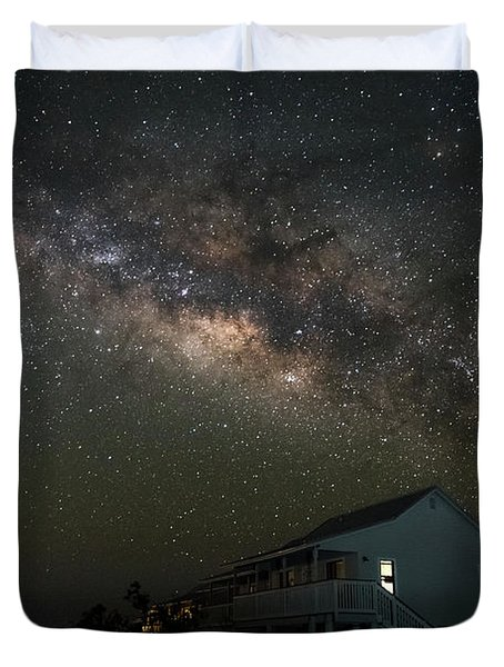 Cabin Under The Milky Way Duvet Cover