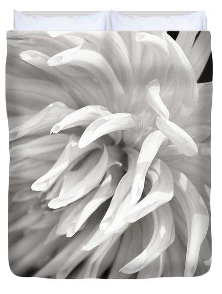 Cactus Dahlia Duvet Cover