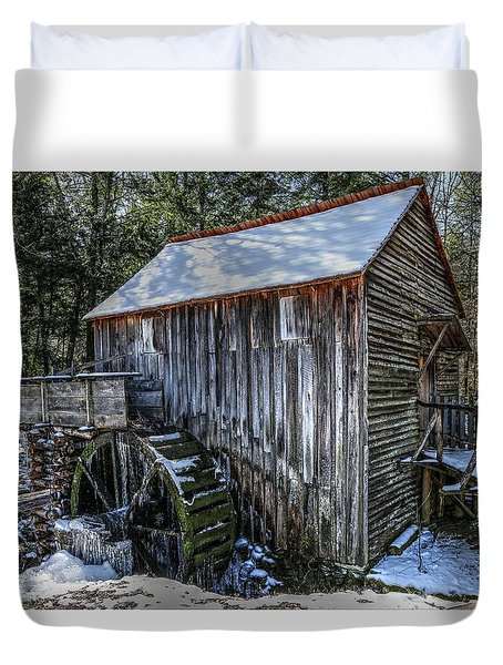 Cades Cove Grist Mill In Winter Duvet Cover