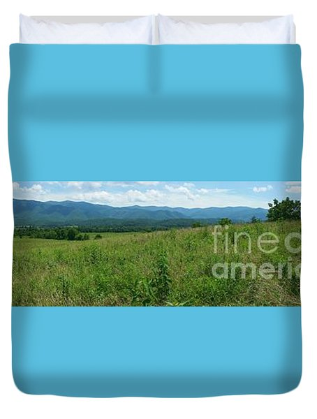 Duvet Cover featuring the photograph Cades Valley by Geraldine DeBoer