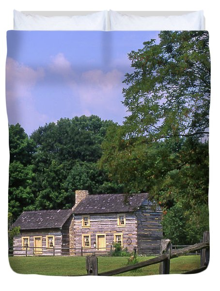 1e140 Caesar Creek Pioneer Village Photo Duvet Cover